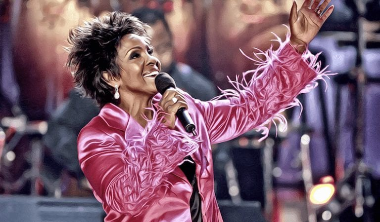BREAKING: Gladys Knight To Sing The Super Bowl National Anthem… And Blasts Kaepernick!